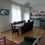 Authentic Belgrade Centre Hostel - Ethnica 2 Dining area and kitchen