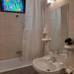 Authentic Belgrade Centre - Apartment Artistika 2 Bathroom