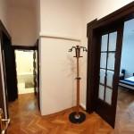 Authentic Belgrade Centre - Apartment Artistika 2 View from entrance