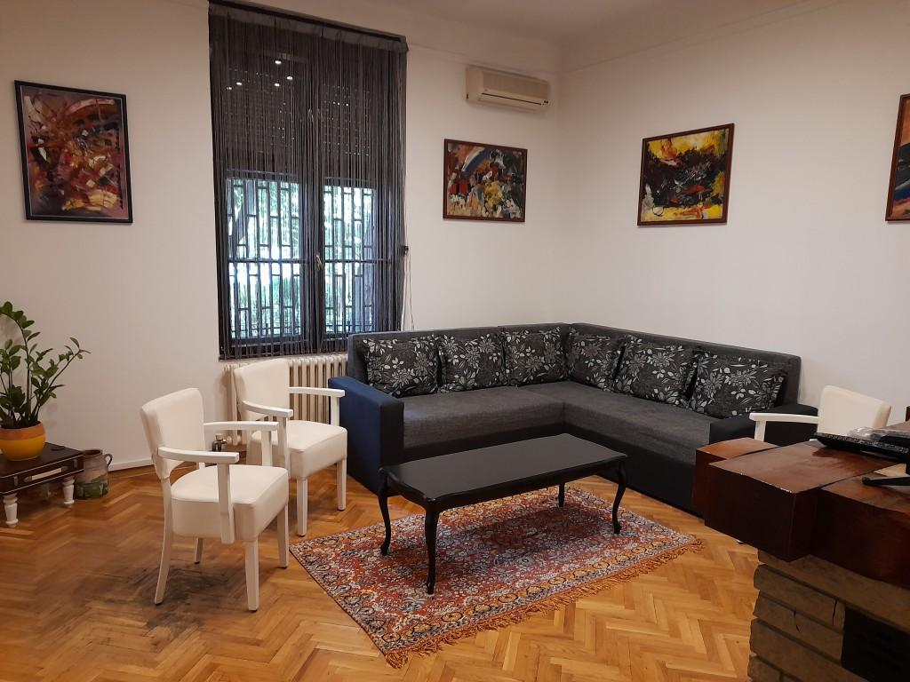 Authentic Belgrade Centre - Apartment Artistika 2 Living room